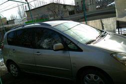 Toyota Corolla Verso 2.0л