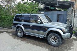 Mitsubishi Pajero 2.8л