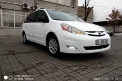 Toyota Sienna 3.5л