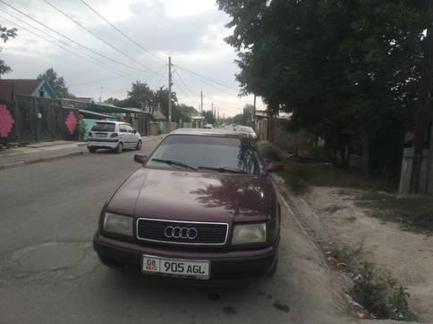 Audi 100 2.6л