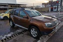 Renault Duster 2.0л