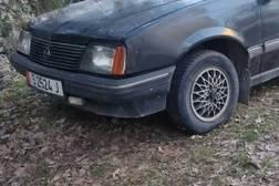 Opel Ascona 1.6л