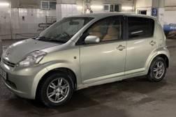Toyota Passo 1.3л