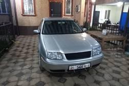 Volkswagen Bora 1.8л