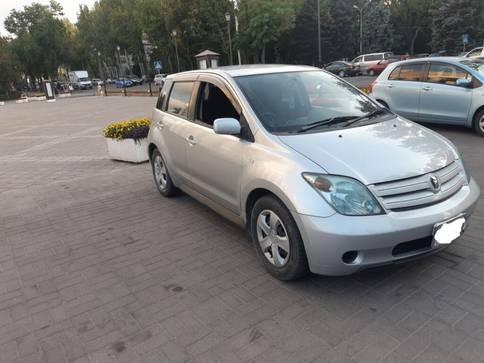 Toyota Ist 1.3л