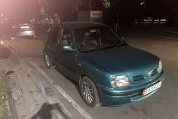 Nissan March 1.0л