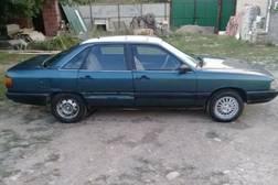 Audi 100 2.2л