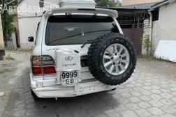 Lexus LX 2001 года за ~1 101 700 сом