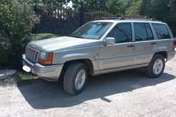 Продаю внедорожник Jeep Grand Cherokee