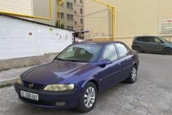Opel Vectra 1.8л