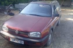 Volkswagen Golf 1.8л
