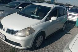Nissan Tiida 1.5л
