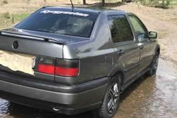 Volkswagen Vento 1 поколение Седан
