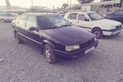 Volkswagen Passat 2.0л