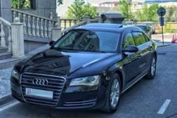 Audi A8 3.0л
