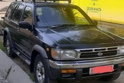Nissan Terrano 2.7л