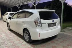 Toyota Prius 3 поколение [рестайлинг] Хетчбэк