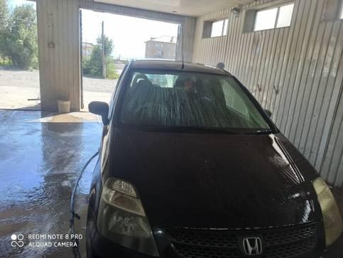 Honda Stream 1.7л