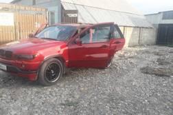 BMW X5 4.4л