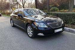 Lexus LS 4.6л