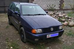 Volkswagen Polo 1.6л