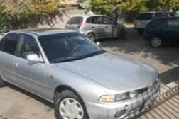 Mitsubishi Galant 2.0л