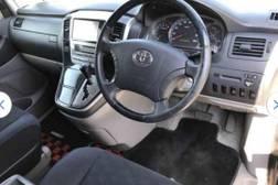 Toyota Alphard 1 поколение