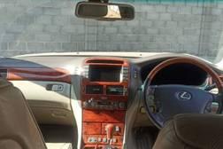 Lexus LS 4.3л